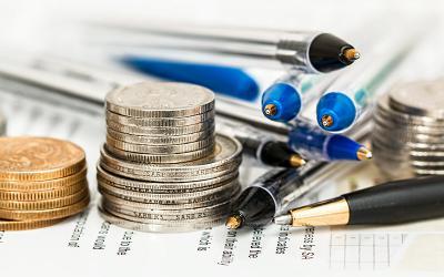 novac i olovke